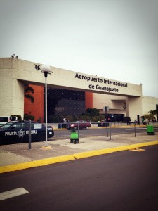 Aeropuerto Internacional de Guanajuatoデル・バジオ空港