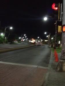 グアムの中心部 深夜タモンの街並み1
